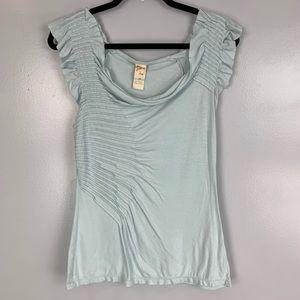C Keer short sleeve pleated top